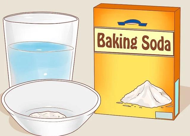 Dùng baking soda và muối để khử mùi cho nhà vệ sinh