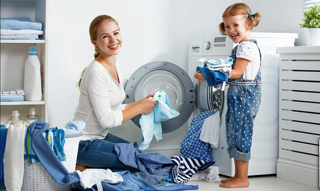 cách vệ sinh máy giặt cửa trước 1