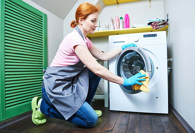 cách vệ sinh máy giặt cửa trước 3