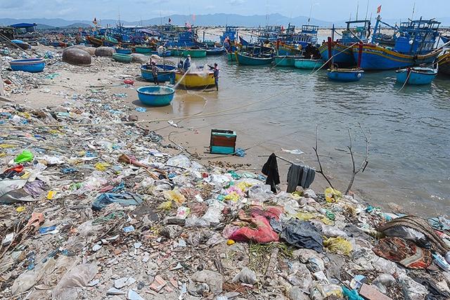 Nguyên nhân gây ô nhiễm môi trường biển